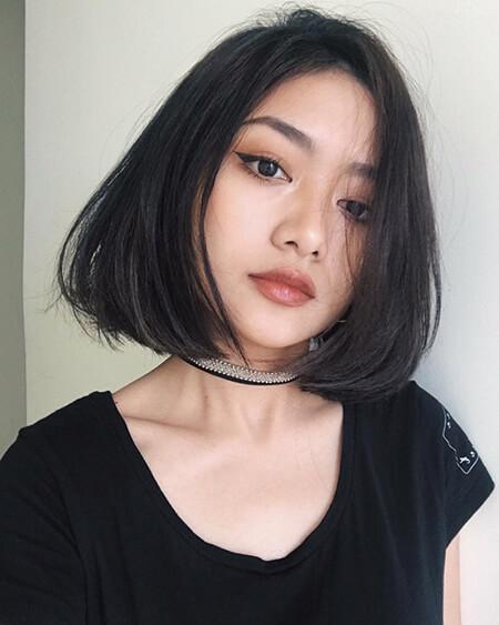 toc-ngan-uon-cup-cho-mat-vuong